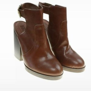 Forever 21 Faux Leather Block Heel Booties